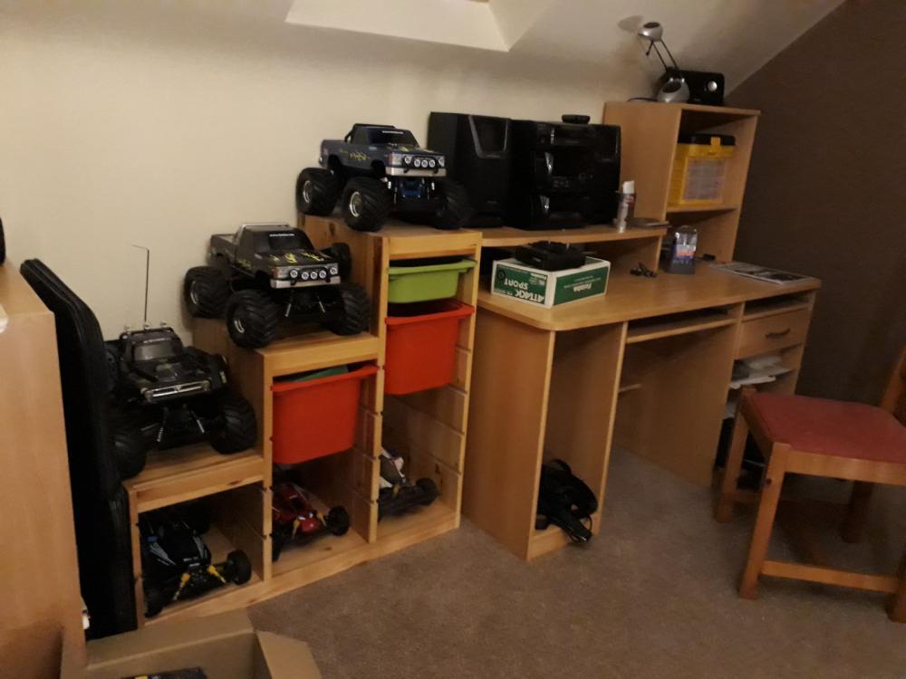 new hobby area.jpeg