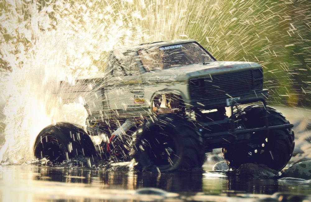 splash.thumb.jpg.9673eabc863c31233ac87ddbf16daaa6.jpg
