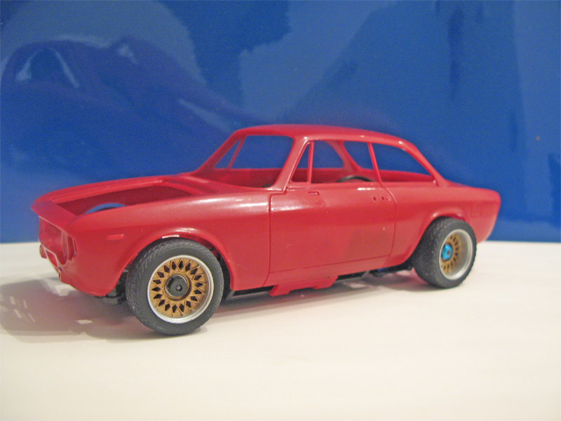 Nostalgic MiniZ bodies - nostalgique carrosserie  - Page 3 Getuserimage.asp?t=&id=img2958_11122011080654_6
