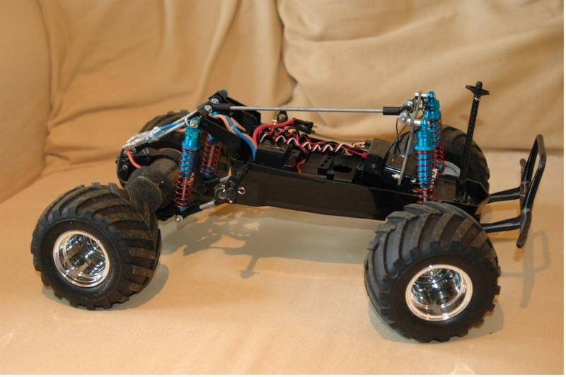 58043 The Grasshopper From Mad Ax Showroom Detailed Chassis Pics Of The 4 Linked
