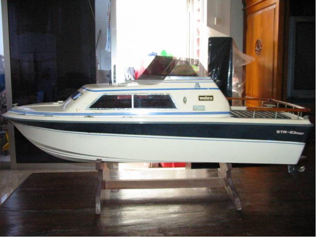 Had This A Long Time Ago...HIROBO STR23ccr Cabin Cruiser