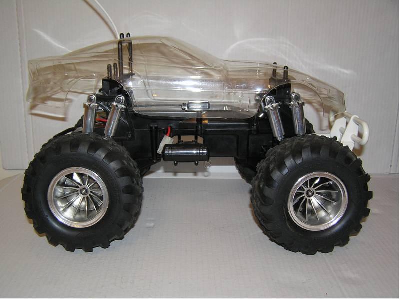 Monster Truck Dog >> 99998: Kyosho from minichamps showroom, Kyosho Hi-Rider
