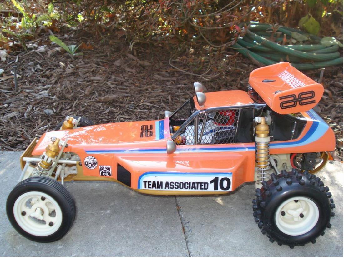99983: Associated from unclepunchy showroom, RC10 Edinger produced