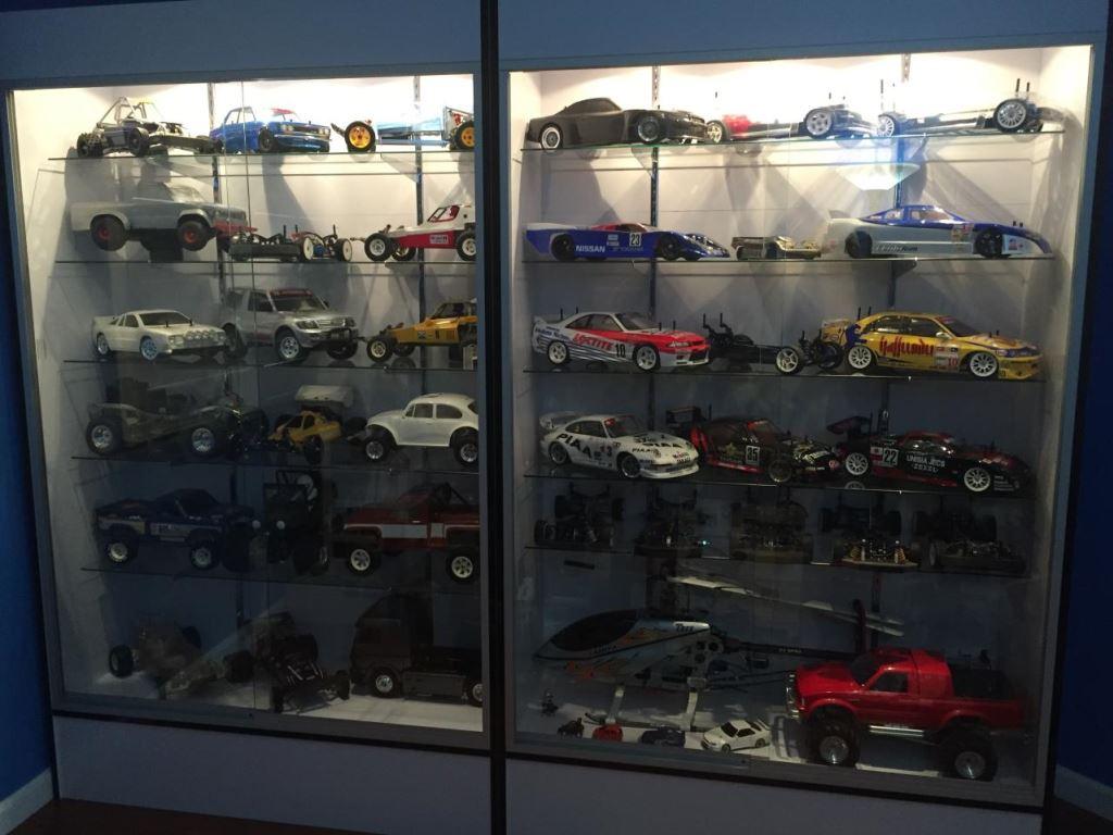 99999  Misc  From Bullitt3577 Showroom  Display Cases