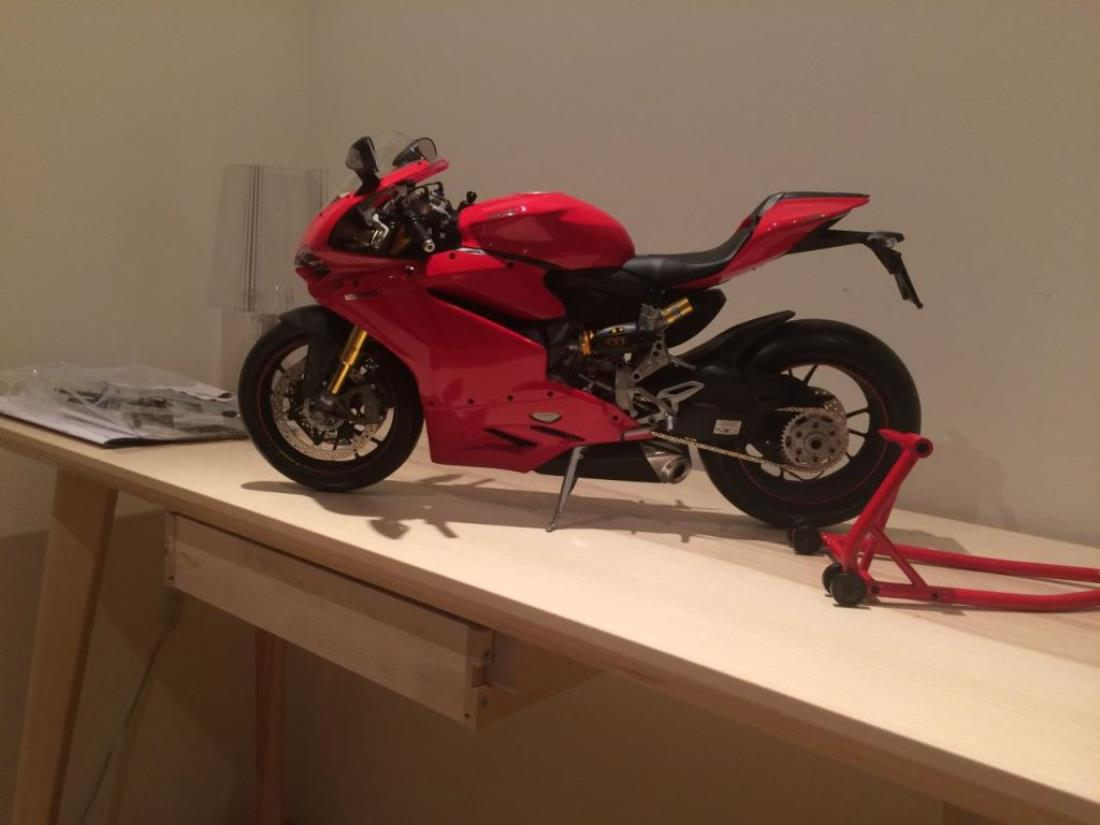 99999 Misc From Gosan Showroom Pocher 1 4 Ducati 1299 Panigale S Tamiya Scale Kits 1199 Most Of The Assembly Is Screwing And Not So Much Gluing Precision Kit Like But Pretty Good Enjoy Pictures Cheers